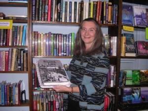 Ann Parker signs Silver Lies - 10/22/2003